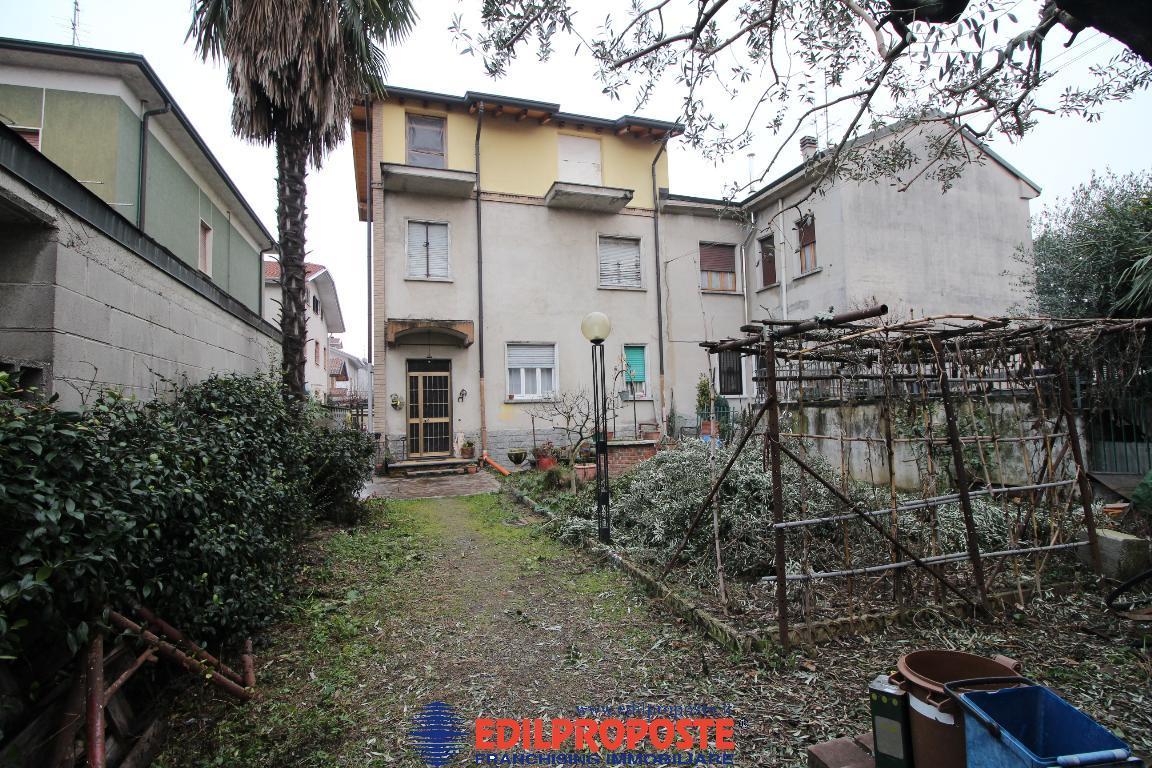 Villetta Trifamiliare in vendita - 230 mq