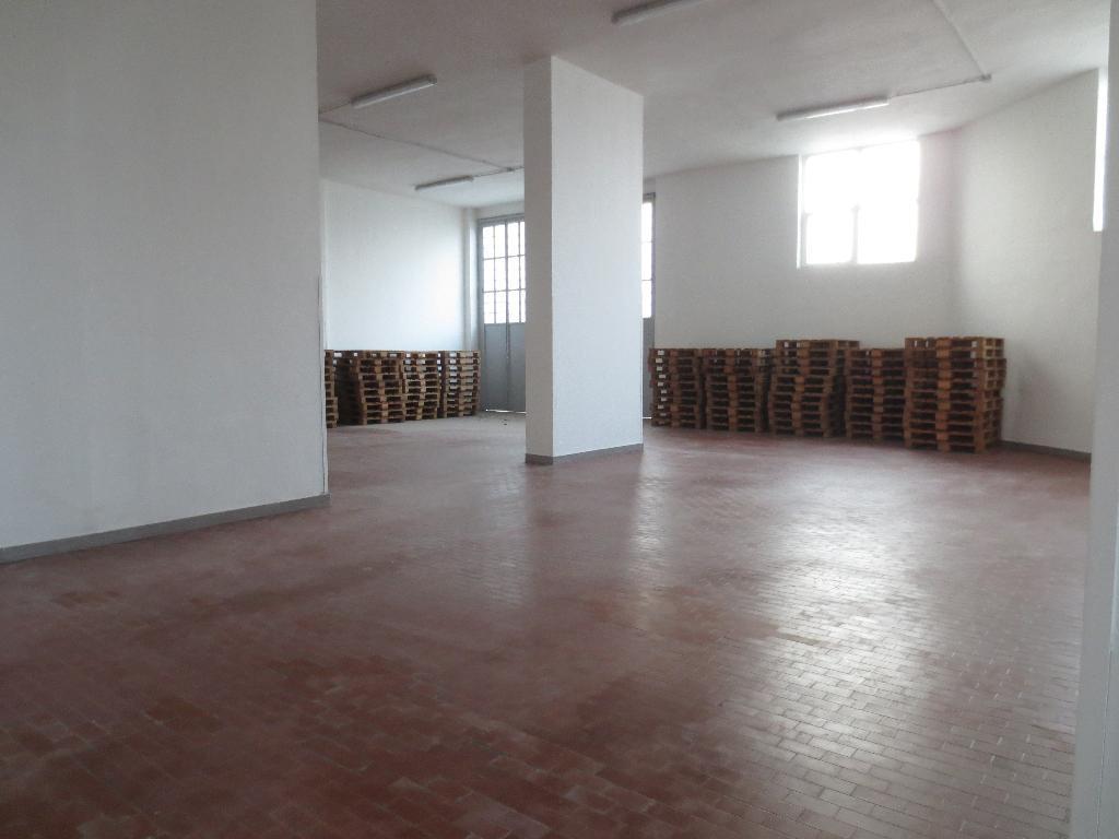 Laboratorio in affitto - 370 mq