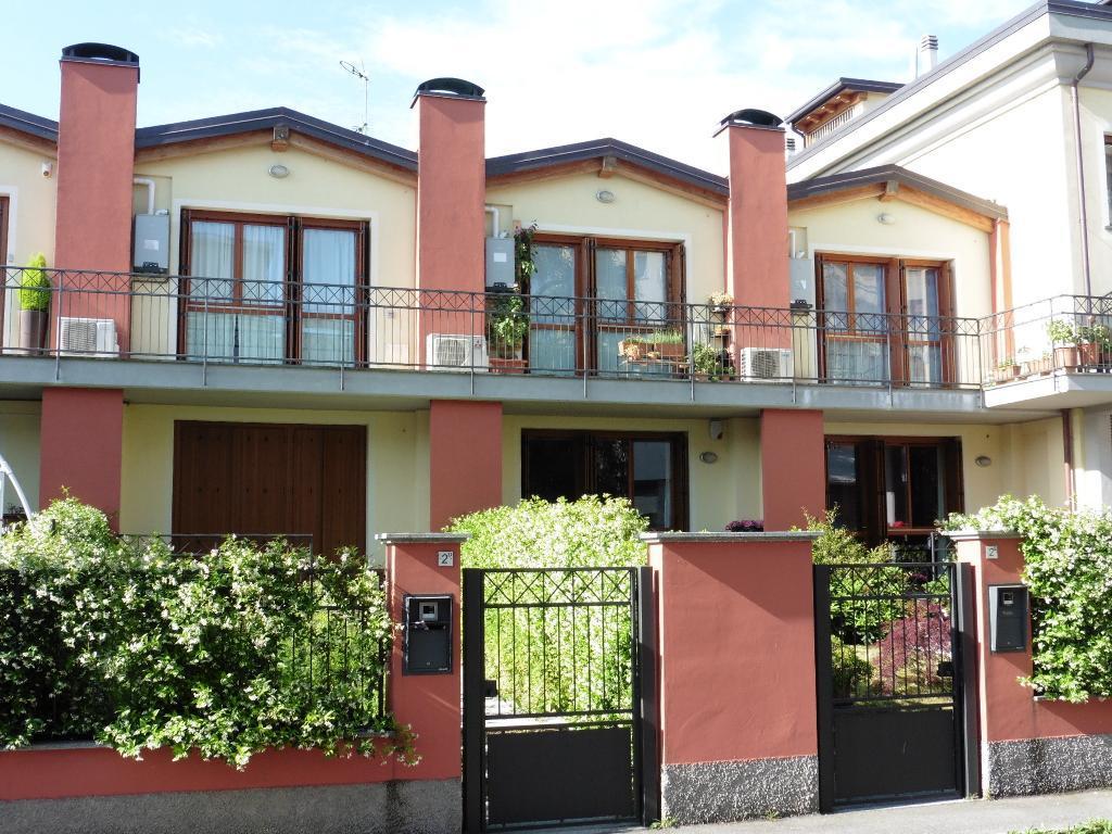 Appartamento in Vendita a Monza:  2 locali, 54 mq  - Foto 1