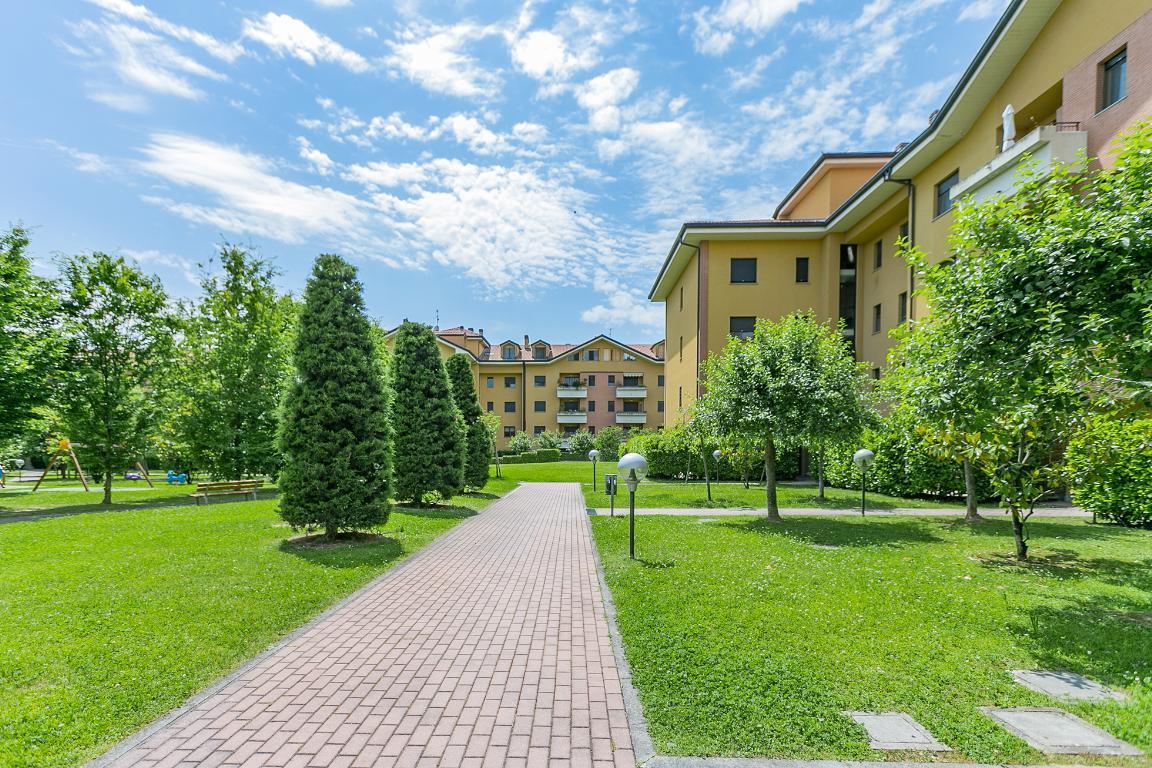 Appartamento in Vendita a San Giuliano Milanese: 3 locali, 102 mq