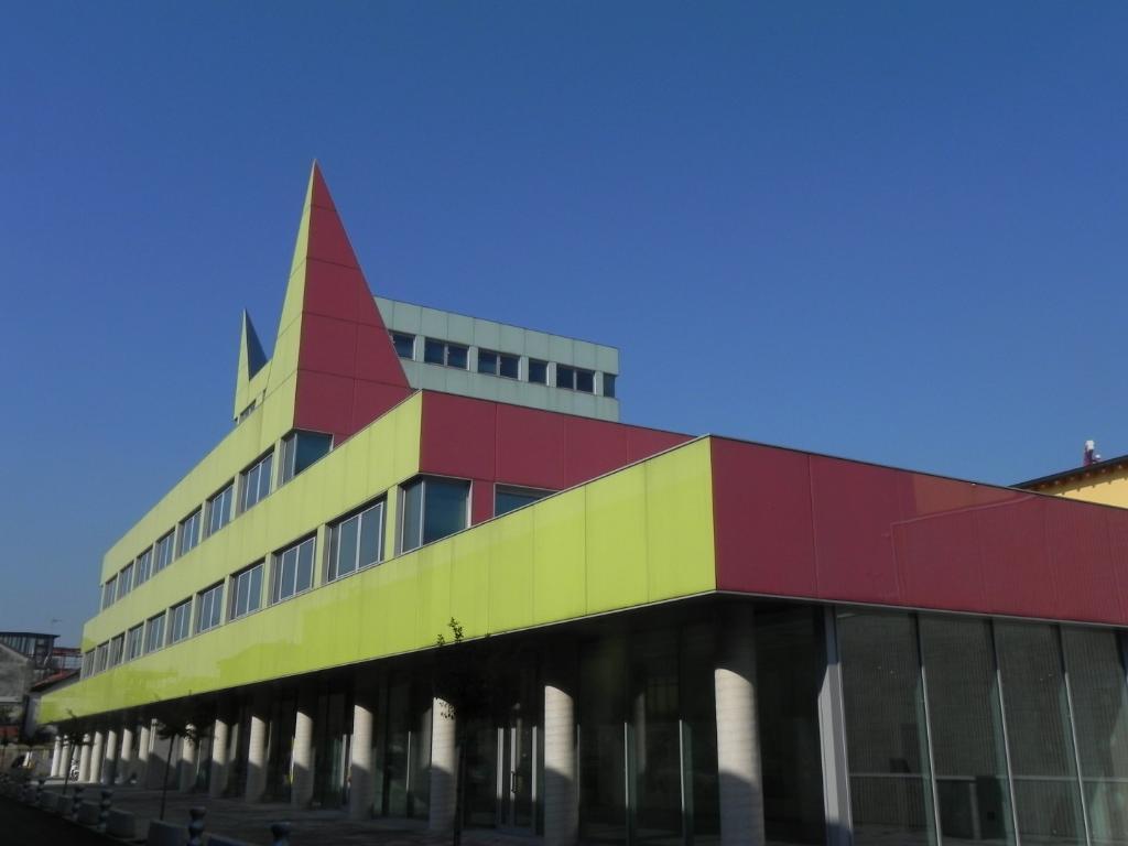 Ufficio-studio in Vendita a Milano 29 Certosa / Bovisa / Dergano / Maciachini / Istria / Testi: 5 locali, 390 mq