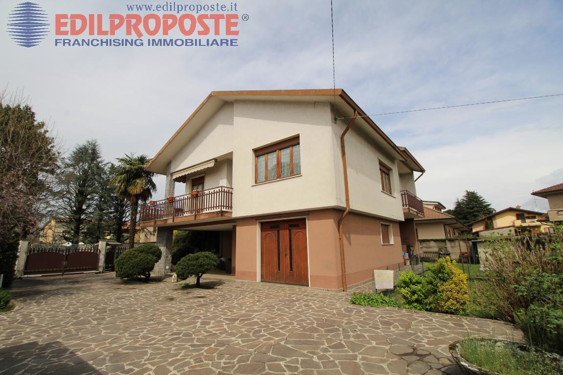 Vendita Villa unifamiliare Casa/Villa Lazzate via libertà  129937