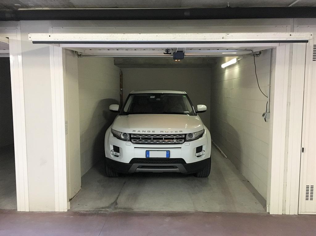 posti box auto in affitto a milano trovocasa