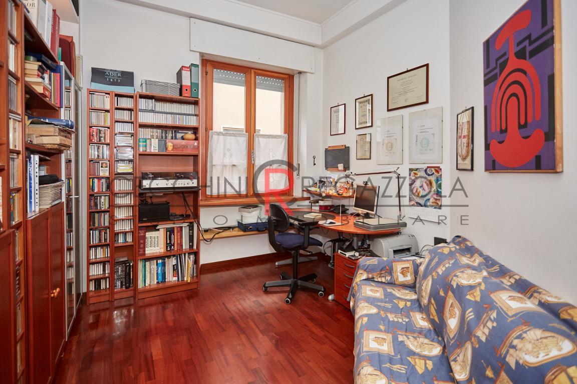 Appartamento in Vendita a Milano: 3 locali, 136 mq - Foto 7