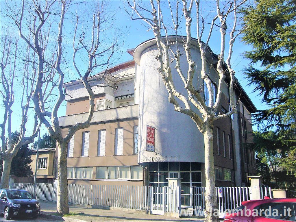 Ufficio-studio in Affitto a Lissone:  3 locali, 330 mq  - Foto 1