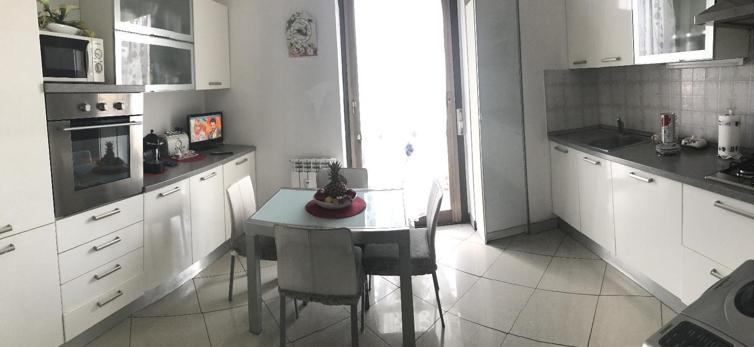 Appartamento in Vendita a Agrate Brianza: 3 locali, 111 mq