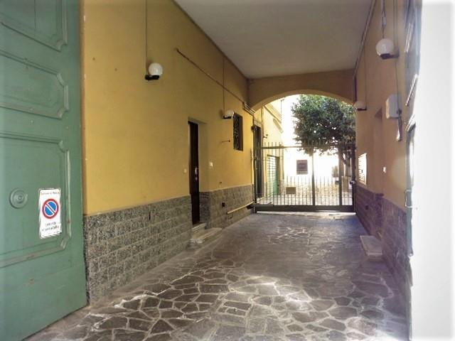 Ufficio-studio in Affitto a Monza:  3 locali, 162 mq  - Foto 1