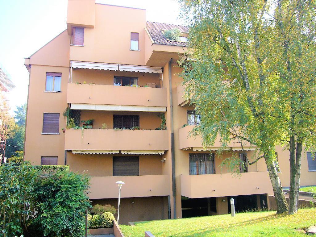 Appartamento in Vendita a Monza: 3 locali, 120 mq