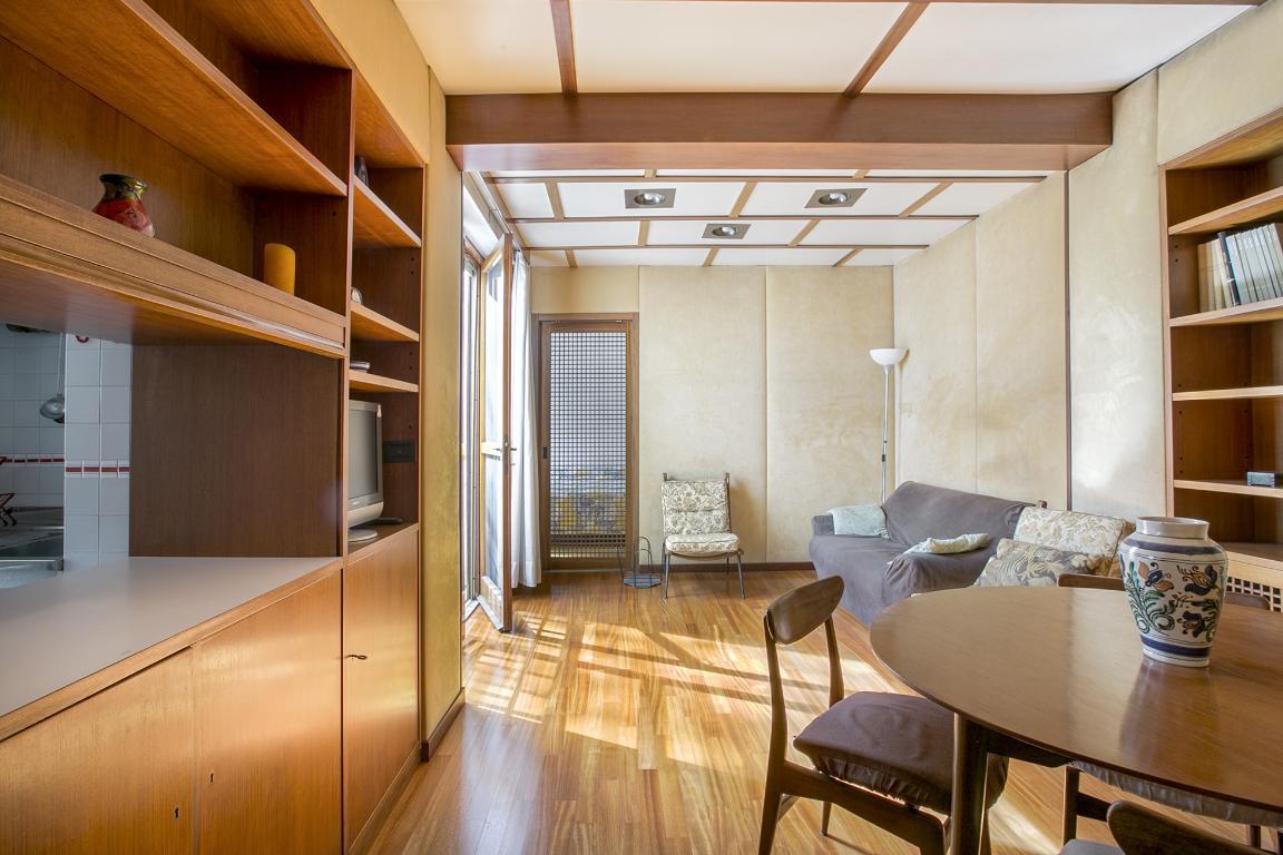 Appartamento in Vendita a San Donato Milanese: 2 locali, 70 mq