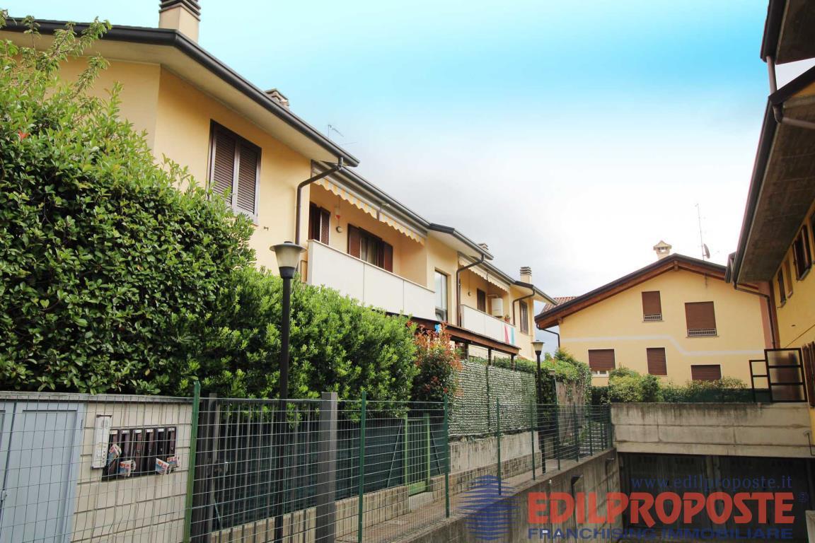 Vendita Trilocale Appartamento Lazzate Via Carducci  230622