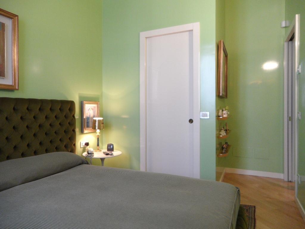 Appartamento in Vendita a Milano: 3 locali, 120 mq - Foto 4