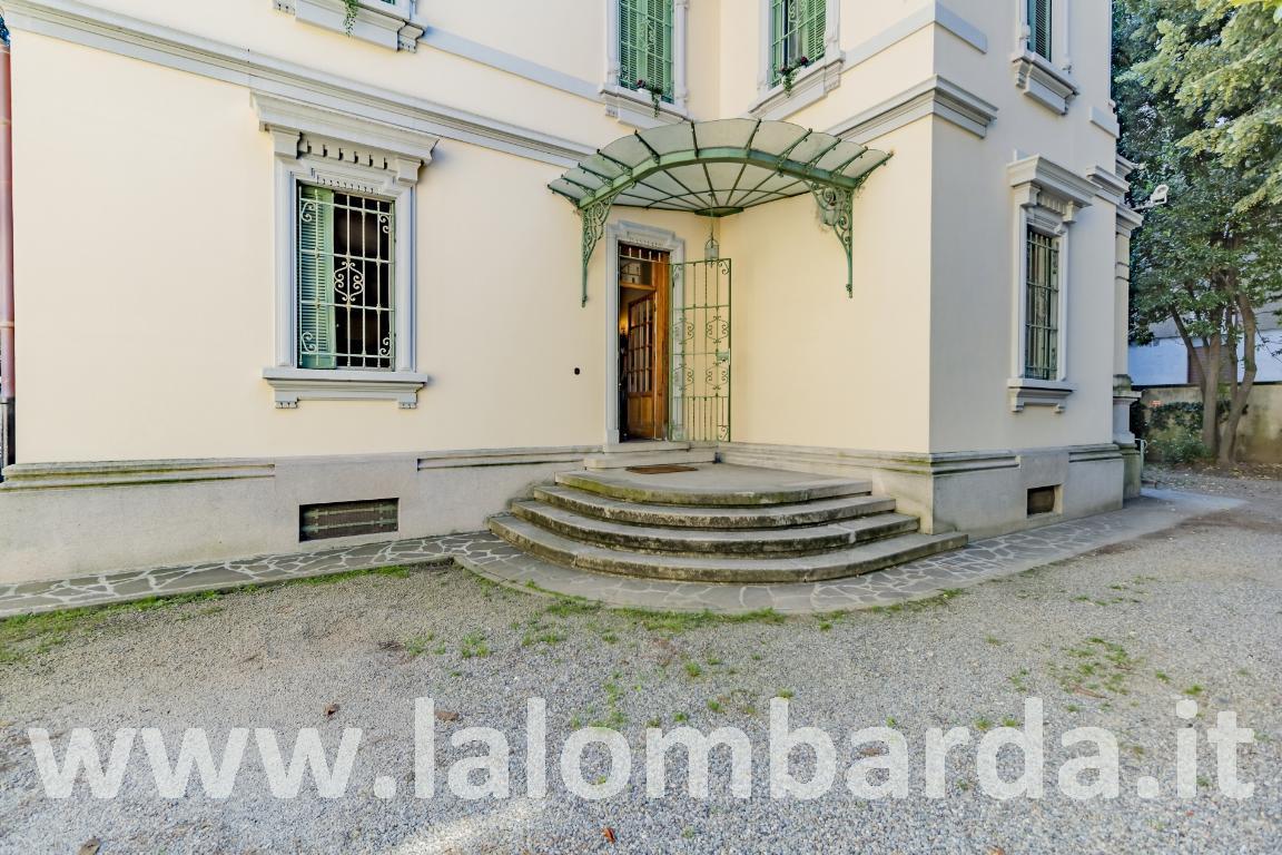 Appartamento in Vendita a Monza:  5 locali, 260 mq  - Foto 1