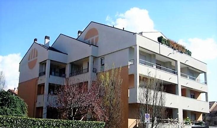 Appartamento in Affitto a Monza: 3 locali, 95 mq