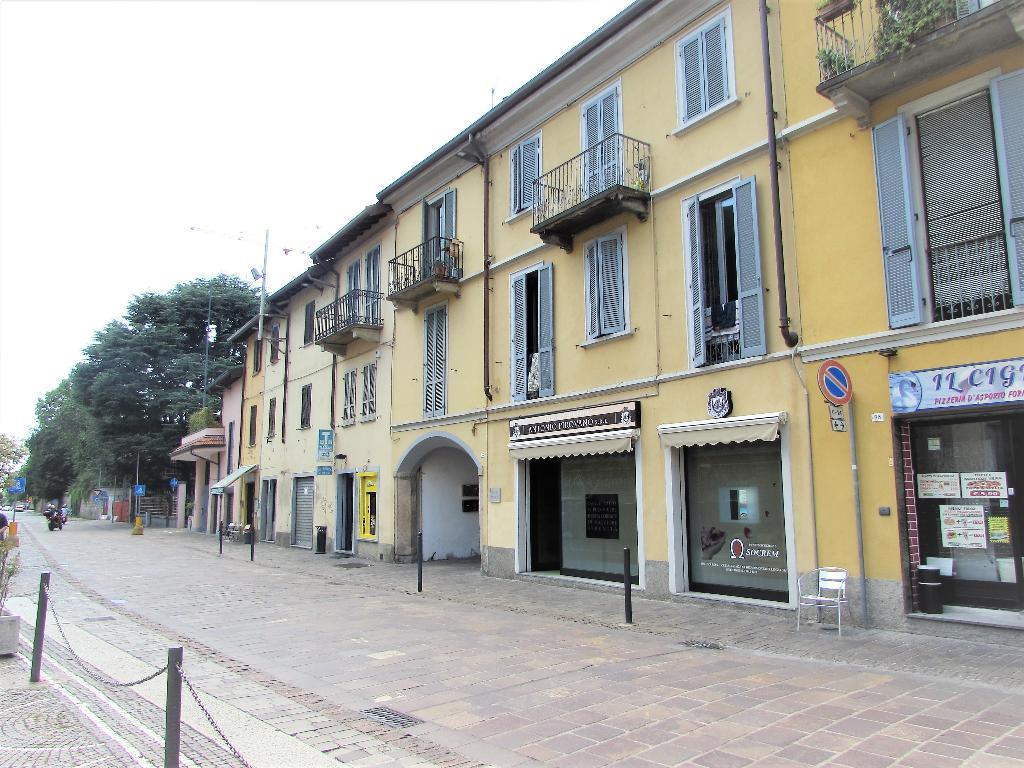 Magazzino in Vendita a Villasanta: 16 mq