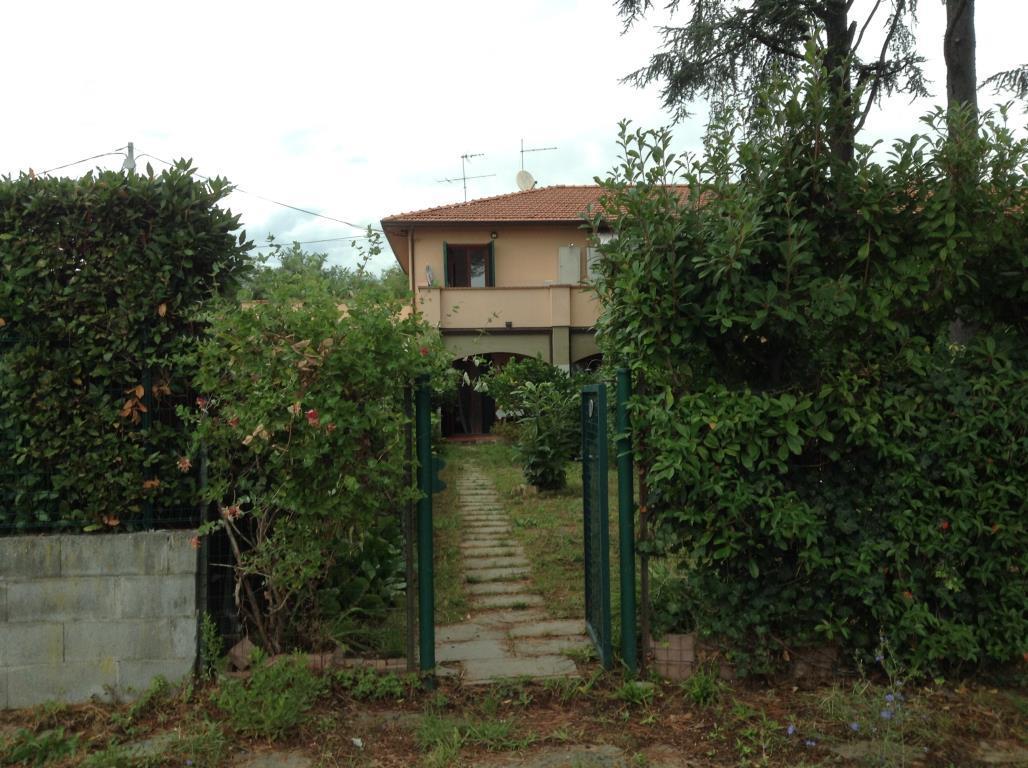 Appartamento in Vendita a Carrara:  2 locali, 95 mq  - Foto 1