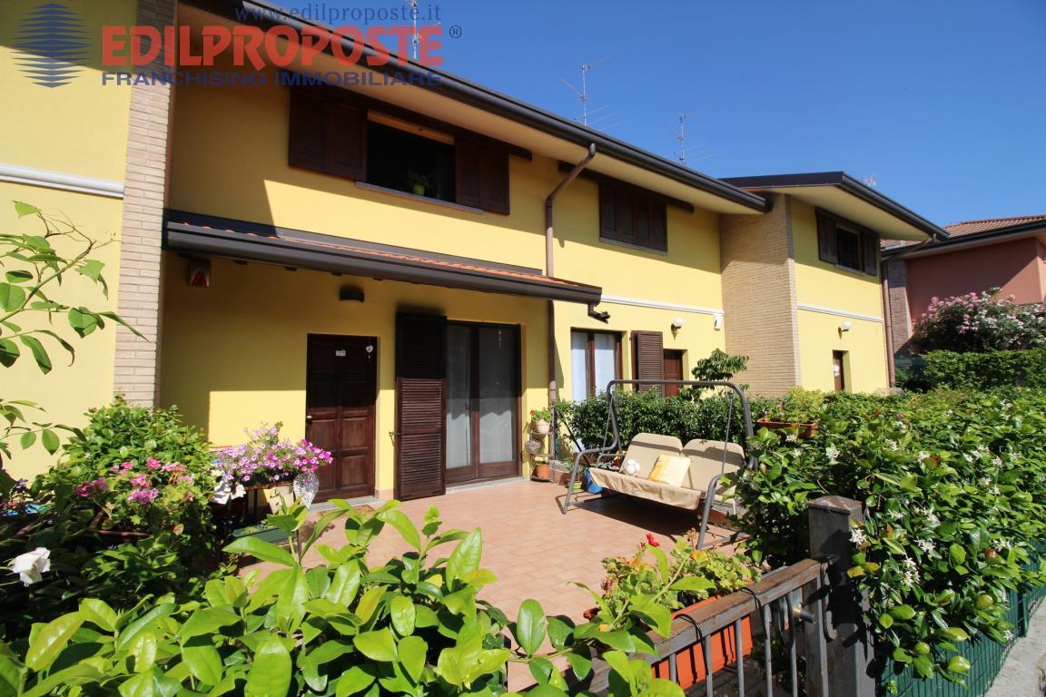 Vendita Villetta a schiera Casa/Villa Lazzate Via San Lorenzo  152773