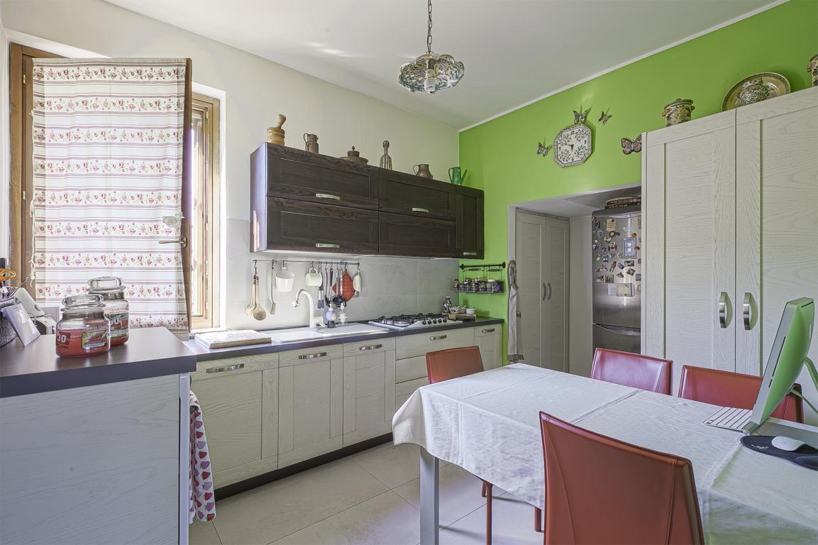 Appartamento in Vendita a San Giuliano Milanese: 4 locali, 153 mq