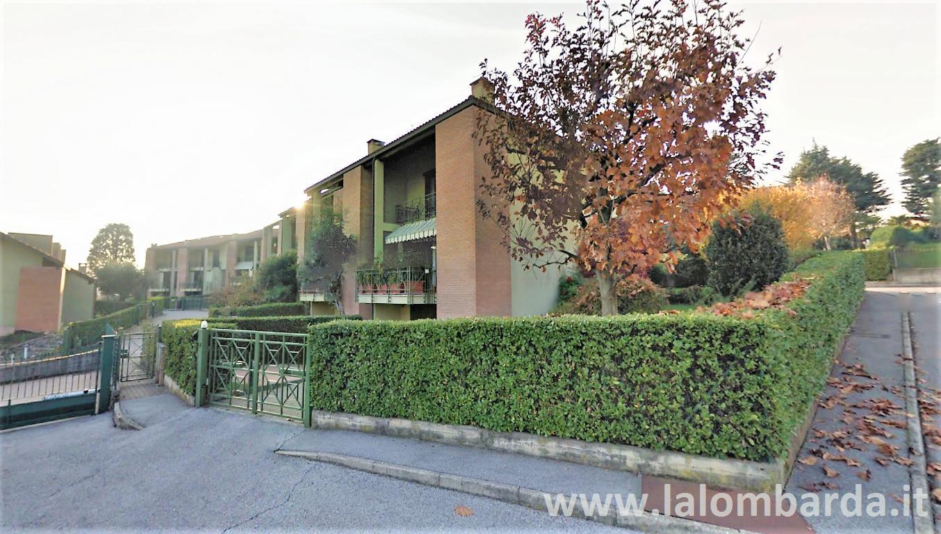 Villetta in Vendita a Monguzzo:  4 locali, 220 mq  - Foto 1