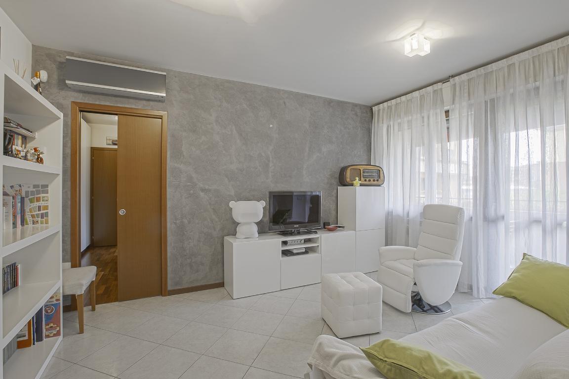 Appartamento in Vendita a San Giuliano Milanese: 3 locali, 84 mq