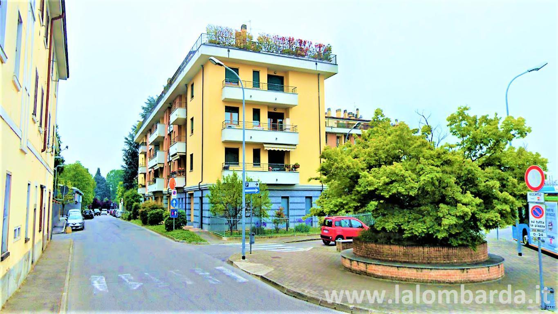 Appartamento in Vendita a Seregno: 2 locali, 60 mq
